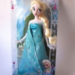 New Disney Elsa Classic Doll