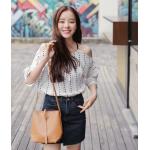 เสื้อแฟชั่นเกาหลี ใส่ชิลๆ ดูเรียบง่าย แต่เก๋ไก๋ไม่เบา - ขาว