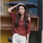 เสื้อแฟชั่นเกาหลี ใส่ชิลๆ ดูเรียบง่าย แต่เก๋ไก๋ไม่เบา - แดง