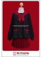 ชุดนักเรียนญี่ปุ่นแขนยาวสีดำ ปกกะลาสีแดง กระโปรงสีแดง ลายอุ้งเท้าแมวเหมียว พร้อมถุงเท้าระดับเข่าสีดำ