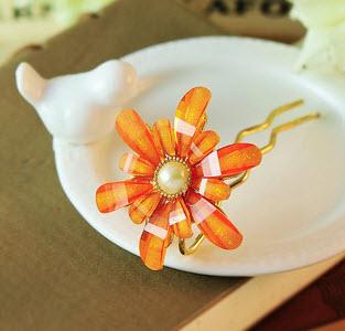 ปิ่นประดับผมแฟชั่น ดอกไม้คริสตัลส้มทอง