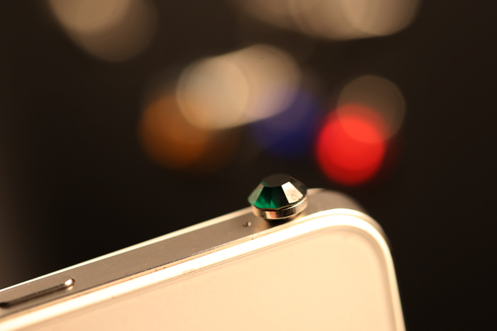 จุกเสียบไอโฟน หัวเพชรสีเขียวเข้ม