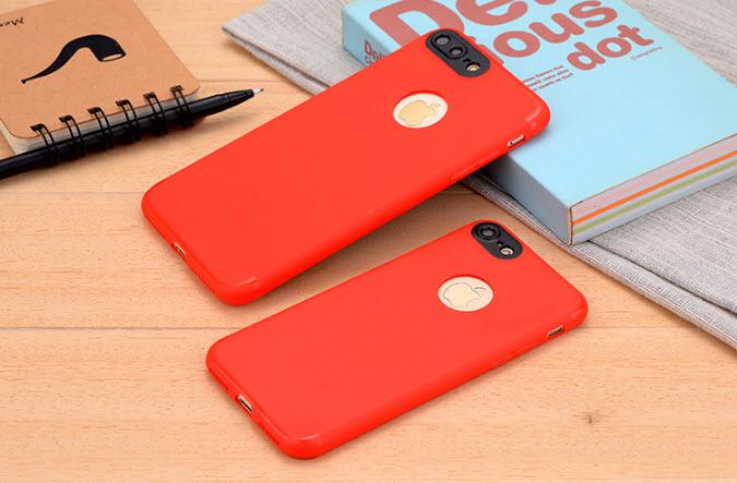 เคสไอโฟน 6Plus/6sPlus (Silicone Case) สีแดง รุ่นป้องกันกล้อง+โชว์โลโก้แอปเปิ้ล