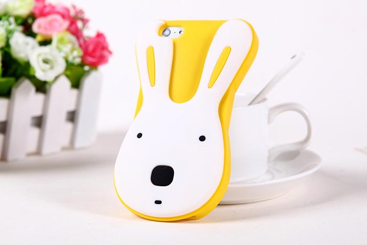เคสไอโฟน 5/5s/SE เคสซิลิโคน กระต่ายน่ารักสีขาวพื้นเหลือง