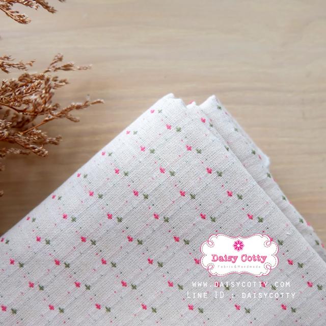 ผ้าทอญี่ปุ่น 1/4ม.(50x55ซม.) ลายเครื่องหมายบวก พื้นสีขาวครีม