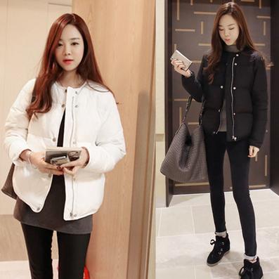เสื้อกันหนาวแฟชั่น สไตล์สาวๆ เกาหลี สีพื้นขาวและดำ รีบซื้อใส่ก่อนลมหนาวที่จะมานะคะ สาวๆ
