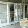 ตู้โชว์ราวเเขวนสูง 2 ราว วินเทจกุหลาบ สีขาว สำหรับบ้าน ร้านค้า