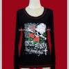 เสื้อยืดพังค์แขนยาว Punk T-Shirt สีดำ สกรีนลายดอกกุหลาบสีแดงและหัวกะโหลก