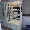 ตู้โชว์วินเทจ สีขาว สำหรับบ้านและร้านค้า
