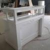 โต๊ะเคาน์เตอร์โชว์สินค้าสูงวินเทจ