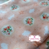 ผ้าคอตตอนญี่ปุ่น 100% 1/4ม.(50x55ซม.) พื้นสีโอรส ลายดอกไม้และกระต่ายน้อยสีขาว