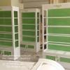 ตู้โชวชั้นวางหลังทึบไม้ วินเทจสีขาว สำหรับบ้านเเละร้านค้า