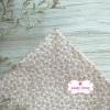 ผ้าคอตตอนไทย 100% 1/4 ม.(50x55ซม.) พื้นสีน้ำตาลอ่อน ลายดอกแก้วสีขาวเล็ก