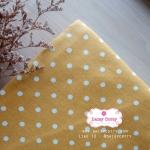 ผ้าคอตตอนลินิน 1/4ม.(50x55ซม.) พื้นสีเหลืองมัสตาร์ด ลายจุดสีขาว