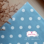 ผ้าคอตตอนลินิน 1/4ม.(50x55ซม.) พื้นสีฟ้าอ่อน ลายจุดใหญ่สีขาว พาสเทล