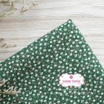 ผ้าคอตตอนไทย 100% 1/4ม.(50x55ซม.) พื้นสีเขียว ลายดอกแก้วสีขาว