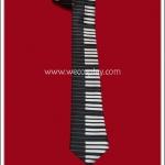 เนคไท ลายเปียโน สีดำ