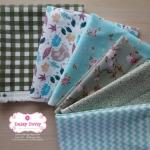 Set 6 ชิ้น: ผ้าคอตตอน100% 5 ลาย และผ้าแคนวาสลายตาราง โทนสีเขียว แต่ละชิ้นขนาด 27.5×50ซม.