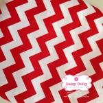 ผ้าคอตตอนไทย 100% 1/4 ม.(50x55ซม.)ลายทางแบบหยัก สีแดงท่าสลับสีขาว