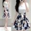 เดรสสั้นเกาหลี แฟชั่นสบายๆ ตัวเสื้อแขนสามส่วนสีขาวบริสุทธิ์ เข้ากับกระโปรงสีน้ำเงินลายดอก น่ารัก ดูดีจริงๆ thumbnail 2