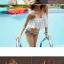 ชุดว่ายน้ำทูพีช แบบคล้องคอ ลายขวาง ดูเข้าสมัย ใส่เมื่อไหร่ก็ไม่เอาท์ thumbnail 5