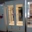 ตู้โชว์กระจกใสรอบวินเทจ สีขาว สำหรบบ้าน ร้านค้า thumbnail 1