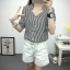 เสื้อเชิ้ตลายตรงสีดำขาว เด่นด้วยคอเสื้อทรง daimond รับกับแขนเสื้อ 4 ส่วน thumbnail 11
