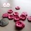 กระดุมลายดอกไม้สีชมพูเข้ม ขนาด 1.5 ซม. จำนวน 12 เม็ด(1โหล) thumbnail 3