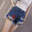 กางเกงยีนส์ขาสั้น แฟชั่นลำลองสวยๆ ที่สาวๆ ใส่กับเสื้อตัวไหนก็สวย thumbnail 12