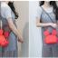 กระเป๋าหนังแฟชั่น สีแดงจัดจ้าน รูปทรงบ่งบอกถึงเอกลักษณ์ thumbnail 2