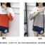 เสื้อแฟชั่นสีทูโทน ดีไซน์เหมือนมีผ้าคลุมไหล่ และเจาะช่องไว้ให้สวมสร้อยทรงยาวดูเก๋ๆ คร่าา thumbnail 9