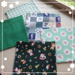 Set 5 ชิ้น : ผ้าคอตตอนไทย 4 ลาย โทนสีเขียว และผ้าแคนวาสลายตาราง