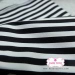 ผ้าคอตตอนไทย 100% 1/4 ม.(50x55ซม.) ลายทางสีดำสลับสีขาว