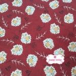 ผ้าคอตตอนไทย 100% 1/4 เมตร สีแดงเลือดหมู ลายดอกสลับขาว