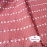 ผ้าทอญี่ปุ่น 1/4เมตร พื้นสีแดงกล่ำ ลายดอก