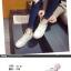 รองเท้าผ้าใบแฟชั่น ทรงสวย พร้อมลิ้นรองเท้ารูปหูสัตว์ ดูน่ารักตามกระแสไม่เบา thumbnail 4