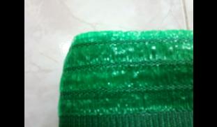 ตาข่ายกรองแสง สีเขียว 70%กว้าง 2 เมตร(แบ่งขาย)