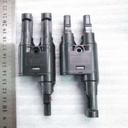 MC4T branch solar connector. Waterproof IP67 (1คู่)