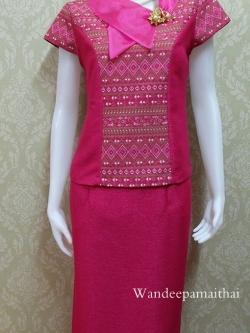ชุดผ้าไหมญี่ปุ่น ปกแต่งผ้าแก้วพร้อมเข็มกลัด เสื้อ+กระโปรงยาว เบอร์ M เอวใหญ่ สีชมพูบานเย็น